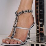 حذاء Size:30.30 Kb Dim: 475 x 503