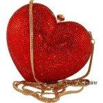 شنط على شكل قلب حب ... روووعة11 Size:21.90 Kb Dim: 300 x 300