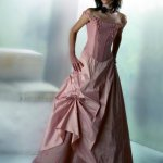 فستان للسهرة Size:20.3 Kb Dim: 399 x 525