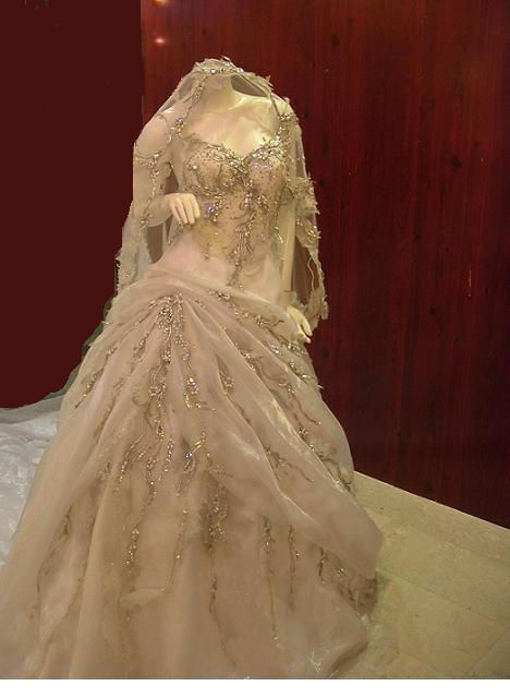 صور  احي فستيان الزفاف والانقة لي احلي عروس 116_101055_1197141401