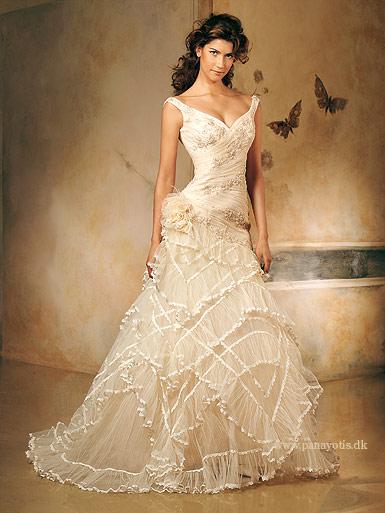 صور  احي فستيان الزفاف والانقة لي احلي عروس 116_101055_1197141634