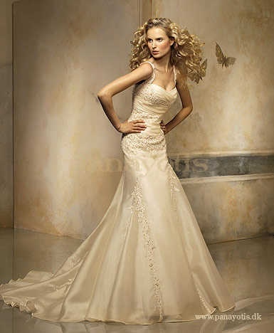 صور  احي فستيان الزفاف والانقة لي احلي عروس 116_101055_1197141795