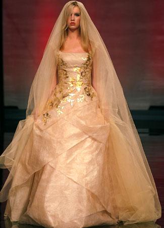 لعروس أنيقهفساتين سمكة للعروسةموديلات جديدة من فساتين العروسصور احلي فساتين
