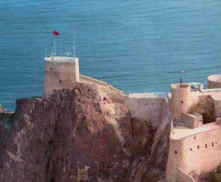 قلعة الميراني Size:227.60 Kb Dim: 727 x 599