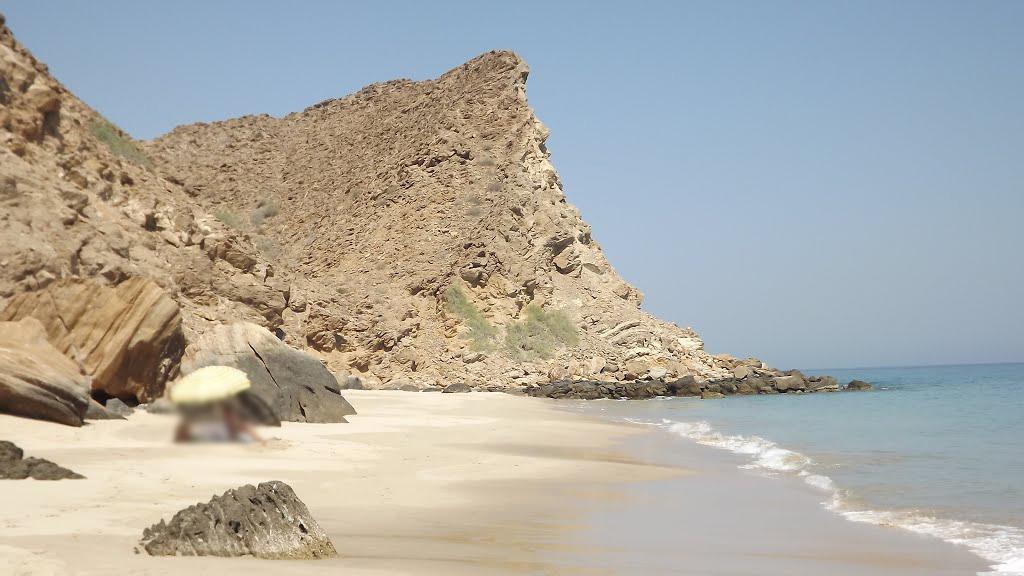 شاطئ السيفة Size:225.90 Kb Dim: 1024 x 576