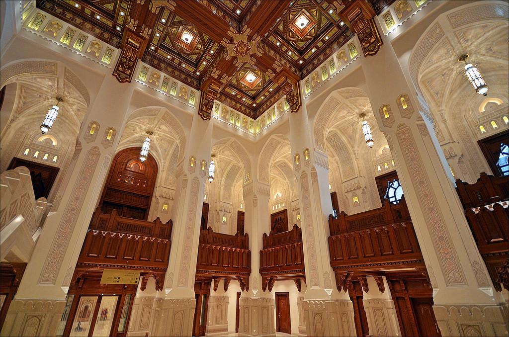 دار الأوبرا السلطانية  Size:349.90 Kb Dim: 1024 x 678