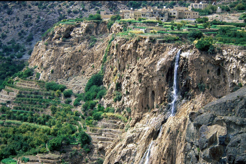 الجبل الأخضر Size:564.10 Kb Dim: 1500 x 1000