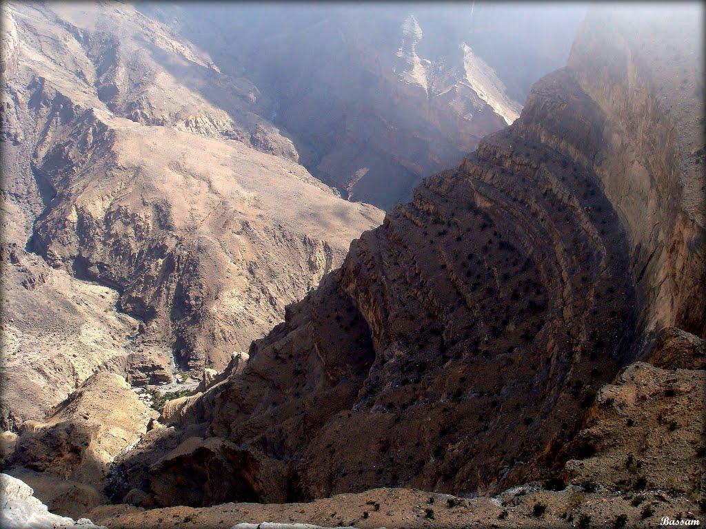 جبل شمس والفالق العظيم Size:214.10 Kb Dim: 1024 x 768