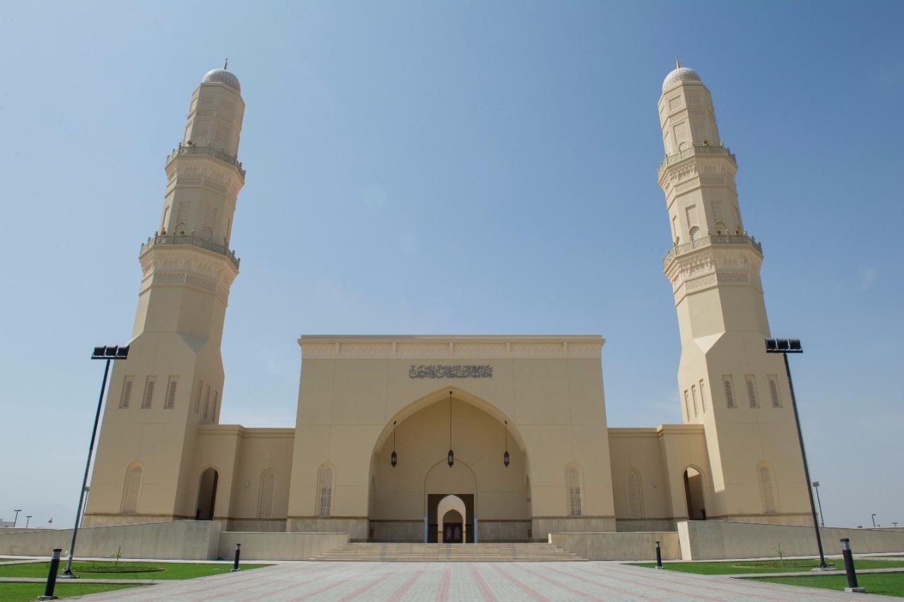 جامع السلطان قابوس بولاية شناص Size:144.17 Kb Dim: 1280 x 853