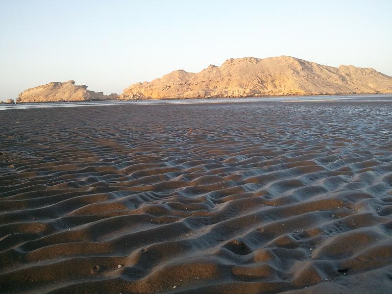 شاطئ السوادي Size:70.00 Kb Dim: 800 x 600