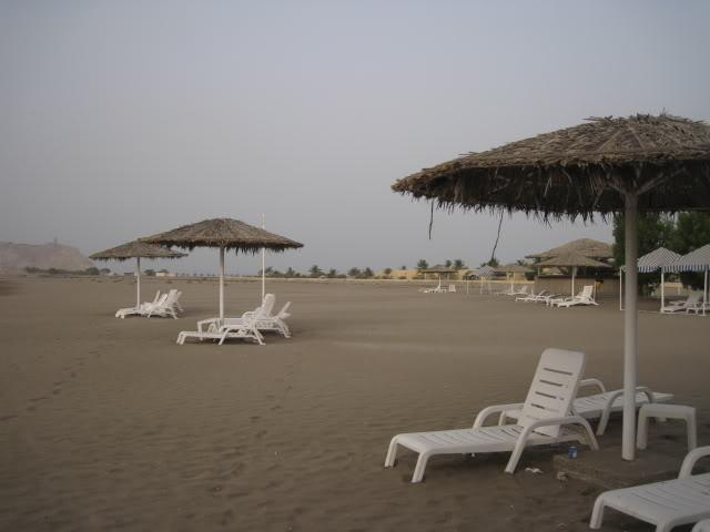شاطئ السوادي Size:31.30 Kb Dim: 640 x 480