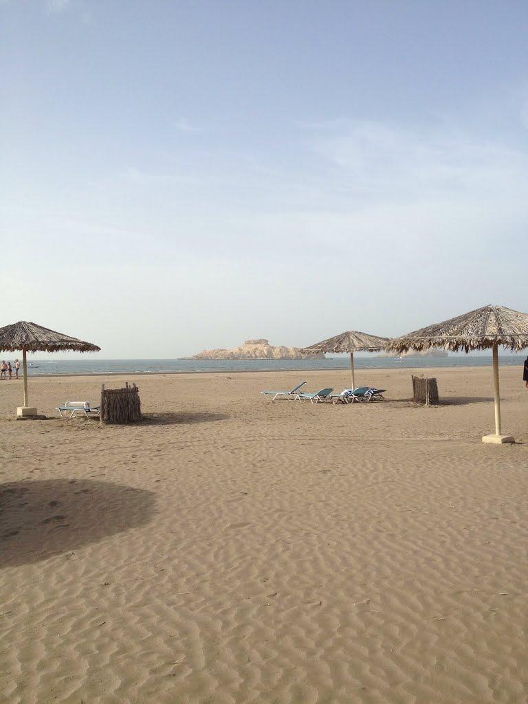 شاطئ السوادي Size:73.80 Kb Dim: 768 x 1024