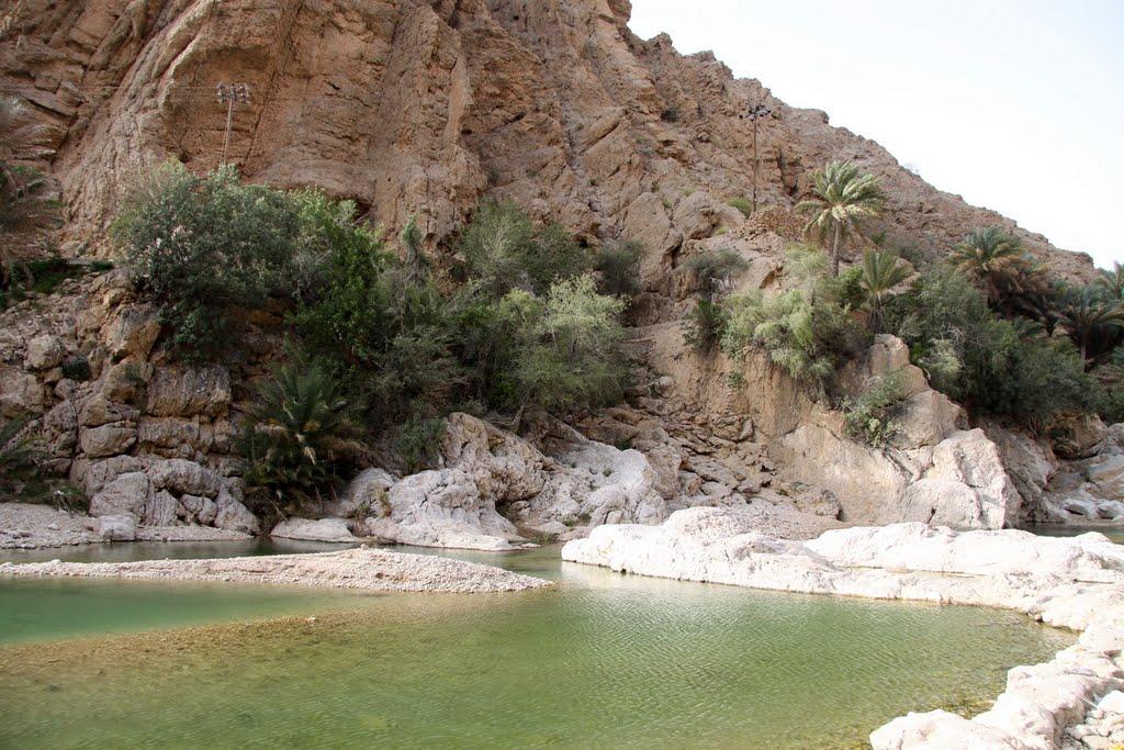 وادي بني خالد Size:158.50 Kb Dim: 1024 x 683
