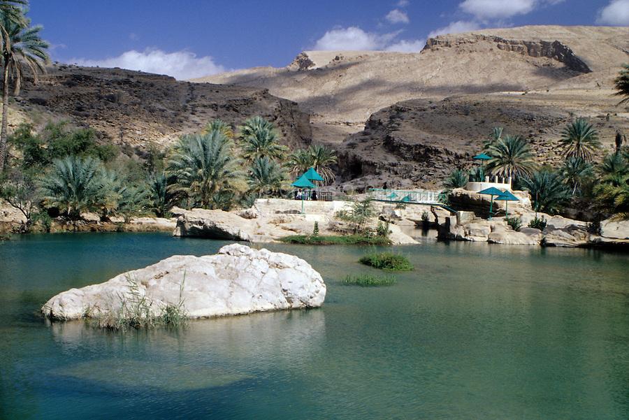 وادي بني خالد Size:368.80 Kb Dim: 900 x 601
