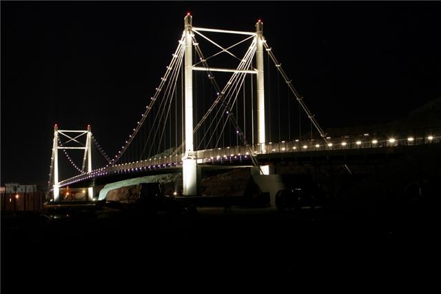 جسر خور البطح Size:24.30 Kb Dim: 640 x 426