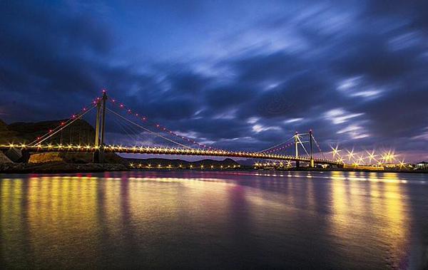 جسر خور البطح Size:79.30 Kb Dim: 600 x 379
