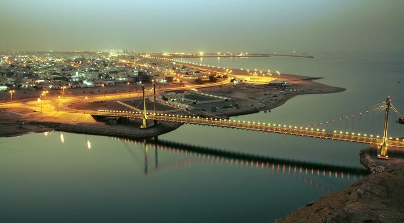 جسر خور البطح Size:80.30 Kb Dim: 800 x 441