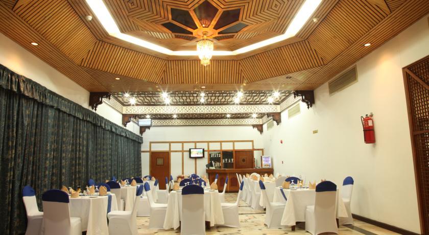 فندق بيت الحافة Size:70.30 Kb Dim: 840 x 460