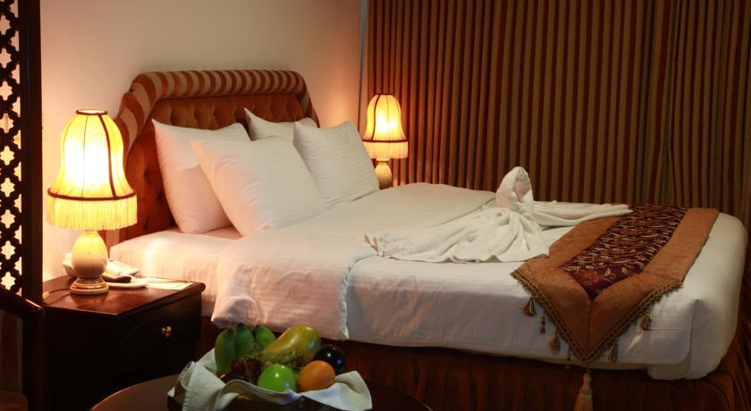 فندق بيت الحافة Size:46.30 Kb Dim: 840 x 460