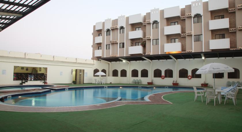 فندق بيت الحافة Size:44.70 Kb Dim: 840 x 460