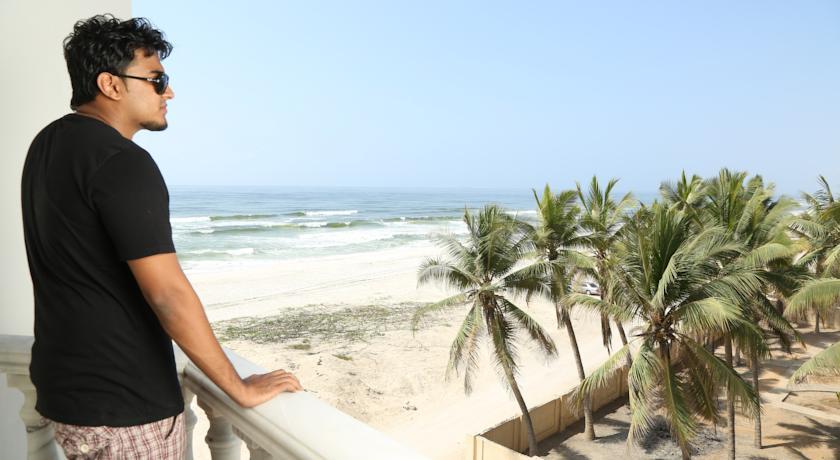 منتجع الشاطئ بصلالة Size:50.90 Kb Dim: 840 x 460