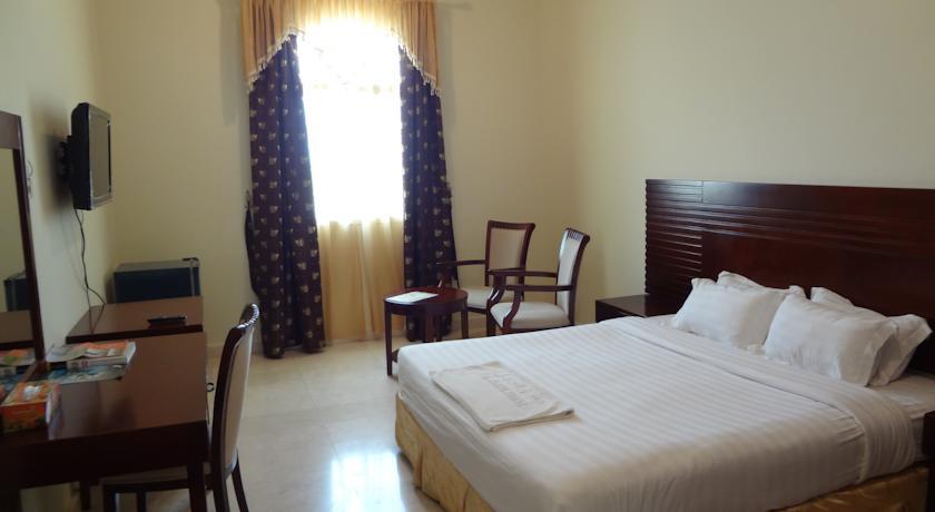 فندق الجبل Size:33.70 Kb Dim: 840 x 460