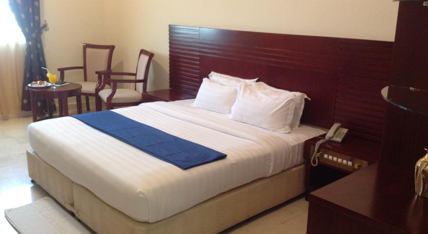 فندق الجبل Size:35.30 Kb Dim: 840 x 460