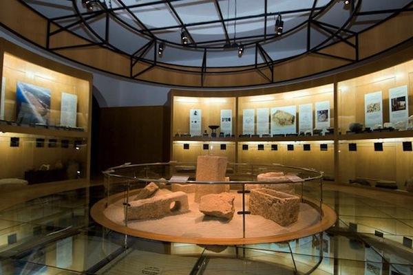 متحف أرض اللبان Size:82.00 Kb Dim: 600 x 400
