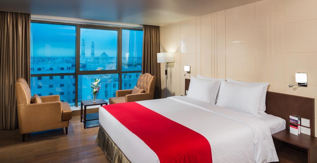 فندق انترسيتس Size:54.60 Kb Dim: 1024 x 527