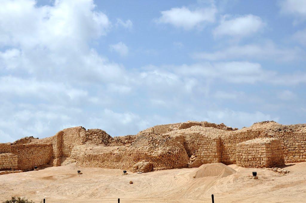 ميناء سمهرم الأثري Size:110.00 Kb Dim: 1024 x 680