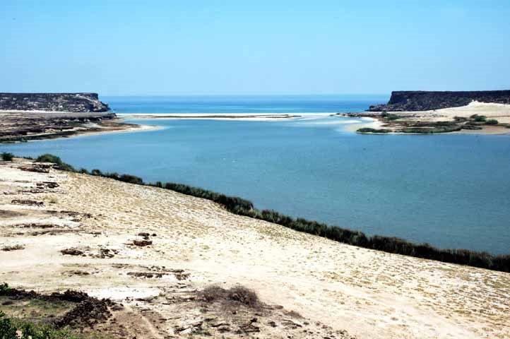 ميناء سمهرم الأثري Size:53.60 Kb Dim: 722 x 480