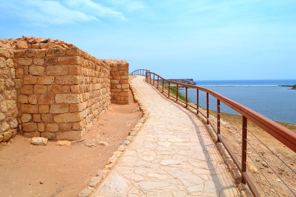 ميناء سمهرم الأثري Size:136.10 Kb Dim: 1024 x 683