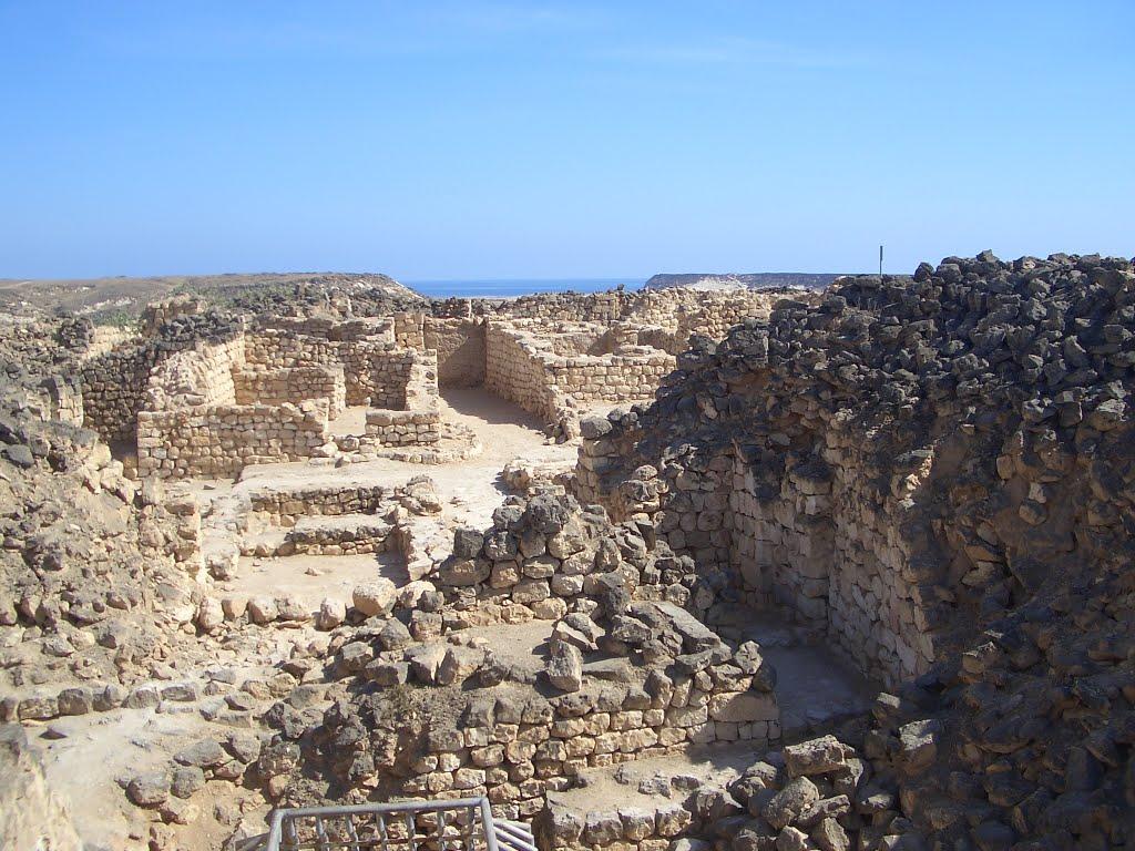 ميناء سمهرم الأثري Size:176.50 Kb Dim: 1024 x 768