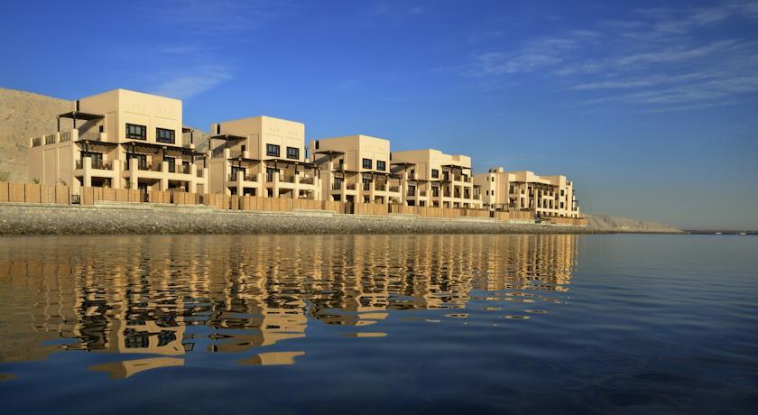 فندق أتانا مسندم Size:49.70 Kb Dim: 840 x 460