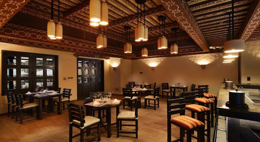 فندق أتانا مسندم Size:76.30 Kb Dim: 840 x 460
