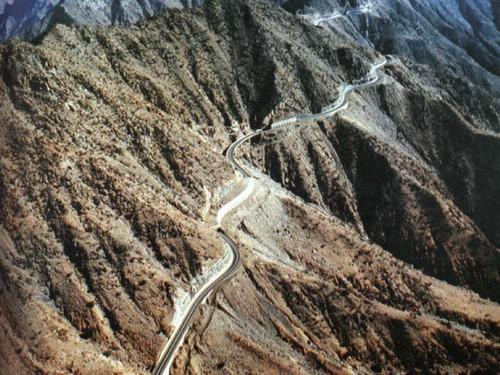 جبال عسير والطبيعه الخلابه 5_3143_1060180373.jpg