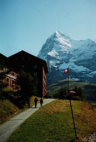 سويسرا .. ارقى واجمل بلدان العالم 777_2_1097510101
