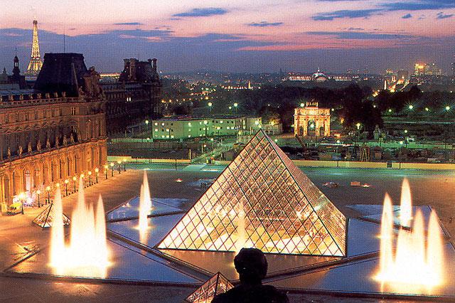 متحف اللوفر في باريس مع الصور لا يفوتكم